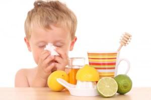 copil racit tratat cu miere